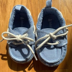 Baby boat shoes 12-18 month size, never worn.